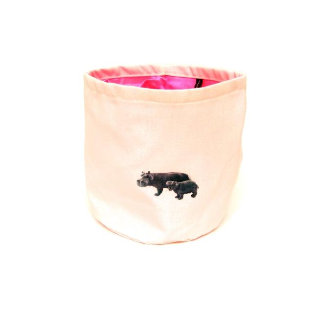Petit panier de rangement rond en tissus - Hippo  Les Choses Bizarres : 15 € sur DesignfromParis.com