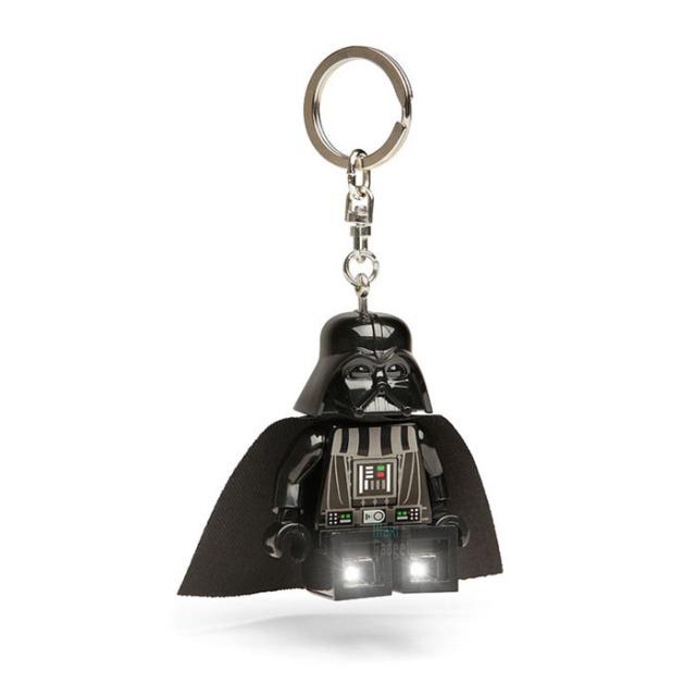 Porte clé lumineux Lego Star Wars Dark Vador  Lego Star Wars : 12.90 € sur DesignfromParis