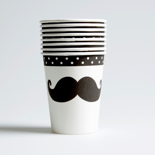 lot-gobelet-moustache-movember