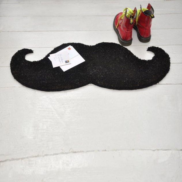 paillasson-noir-moustache