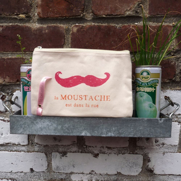 trousse-moustache-rue-movembre-designfromparis